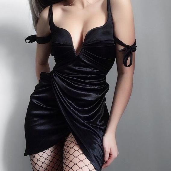 Vestido Gótico Em Veludo