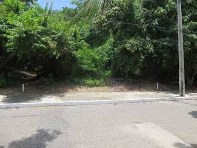 Terreno Mixto-comercial En Bahias De Huatulco