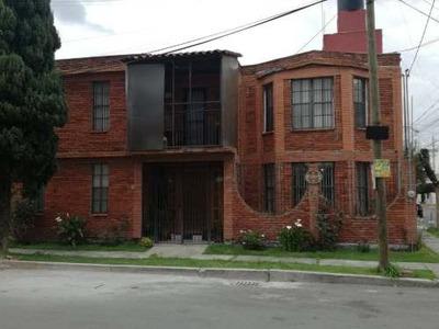 Casa En Venta, Zona Metepec. Excelente Ubicacion