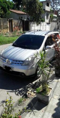 Imagem 1 de 4 de Nissan Livina 2010 1.8 Sl Flex Aut. 5p