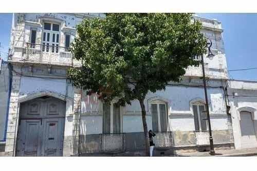 Hermosa Casa Que Cuenta Con 100 Años De Antiguedad Ubicada En El Centro De Toluca, Edomex.
