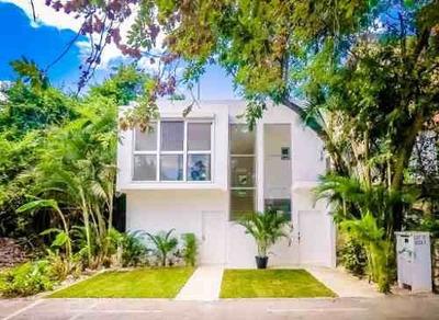 Se Vende Bonita Casa Nueva En Residencial El Cielo Playa Del Carmen P1660