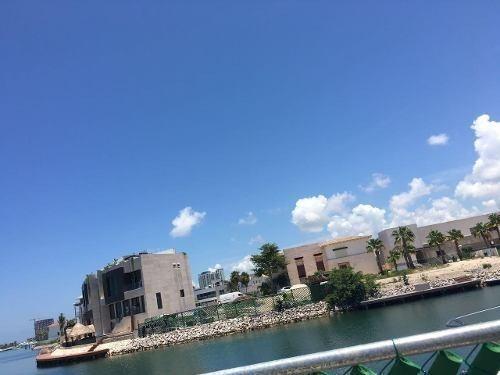 Terreno En Puerto Cancun A Orilla De Canal