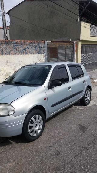 Renault Clio 1.0 Rn 5p 2003