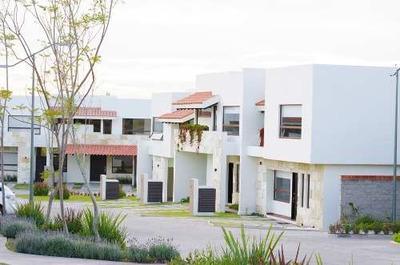 Casa En Venta - Altozano - C1236