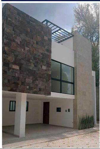 Casa En Venta, Momoxpan $2,450.000.00