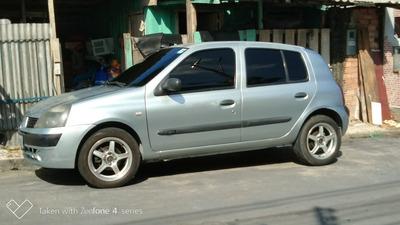 Renault Clio 1.0 16v Authentique 5p 2005