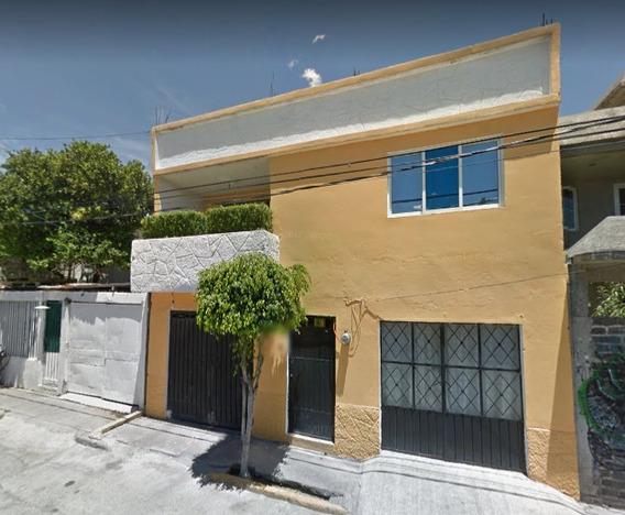 Hermosa Casa En Venta !!