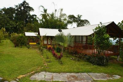 Casa De Campo En Mindo-ecuador