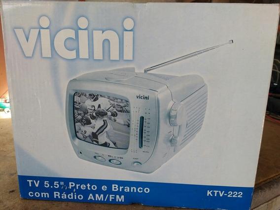 Tv Portátil Tela 5,5 Preto E Branco Com Rádio Am E Fm