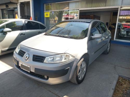 Renault Megane Ii 2.0 Luxe 4 Puertas
