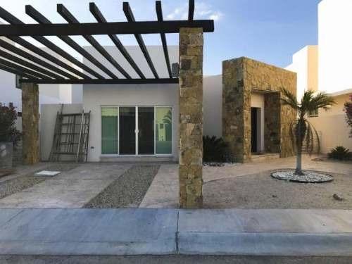 Casa Sola En Venta Residencial Puerta Azul, #7