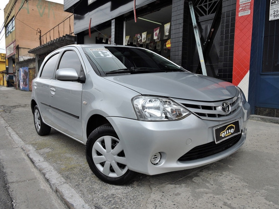 Toyota Etios 1.3 Xs Flex Completo Única Dona Financiamos