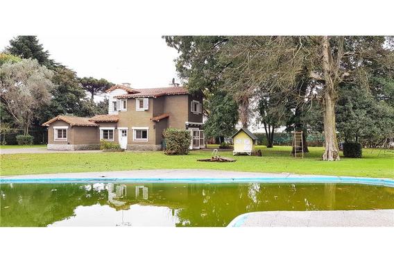 Casa Quinta Con Gran Parque Arbolado