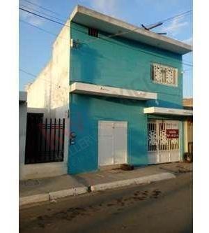 Excelente Casa En Venta Con Uso Habitacional Y Comercial
