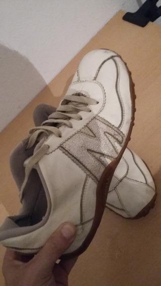 Zapatillas Merrel De Cuero!! Blancas Unisex Talle 38.5