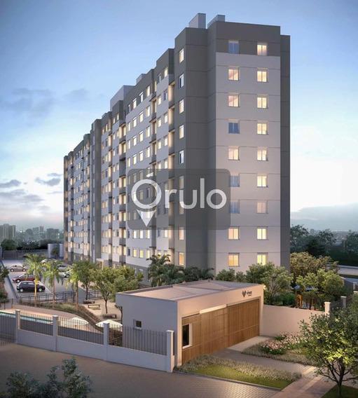 Apartamento De 2 Dormitórios, Com Vaga De Garagem, Novo.