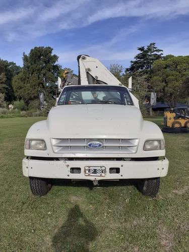 Ford 14000 Con Hidrogrua