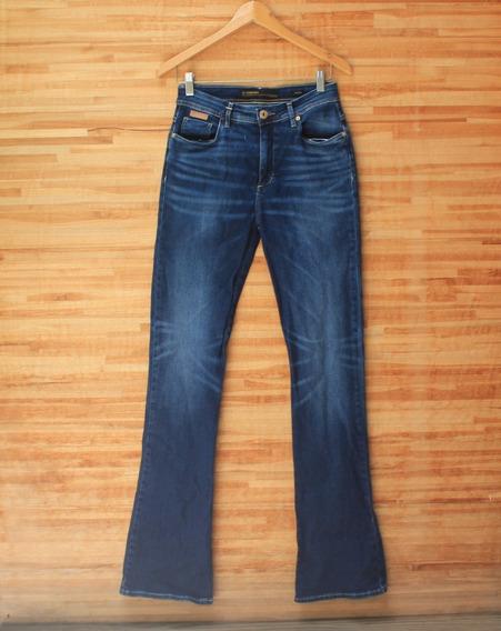 Calça Jeans Flare Forum Cintura Média Pouco Uso Bom Estado