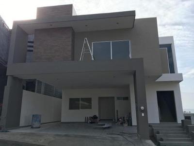 Casa En Venta Laderas Residencial Monterrey