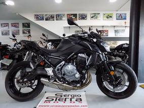 Kawasaki Z650 Negra 2017