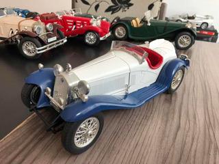 Alfa Romeo 1932 Spider 1/18 Burago