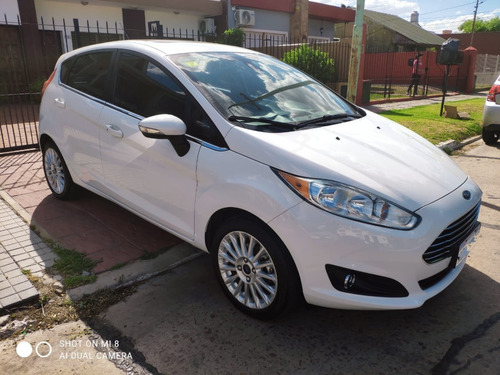 Ford Fiesta Kinetic Desingn Titanium