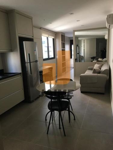 Excelente Apartamento, Mobiliado Com 1 Dormitório, 1 Suíte E 1 Vaga - Bi5023