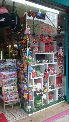 Loja De Acessórios E Presentes / Ponto Comercial Rua Parapuã