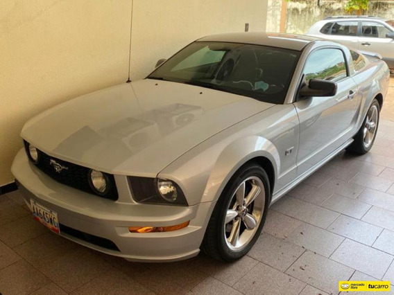 Ford Mustang Gt - Automatica
