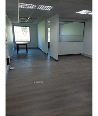 Nueva Costanera 4229 - Oficina 303