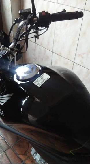 Moto Honda Cb300 2010