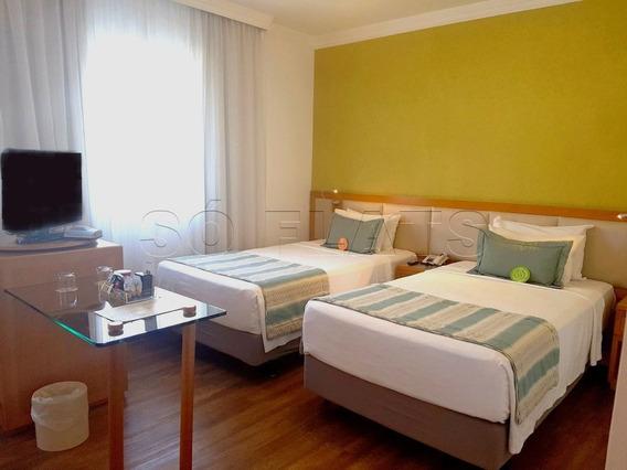 Flat Em Pinheiros, Na Famosa Rua Oscar Freire, Prox Ao Hospital Das Clinicas E Av. Rebouças - Sf28190