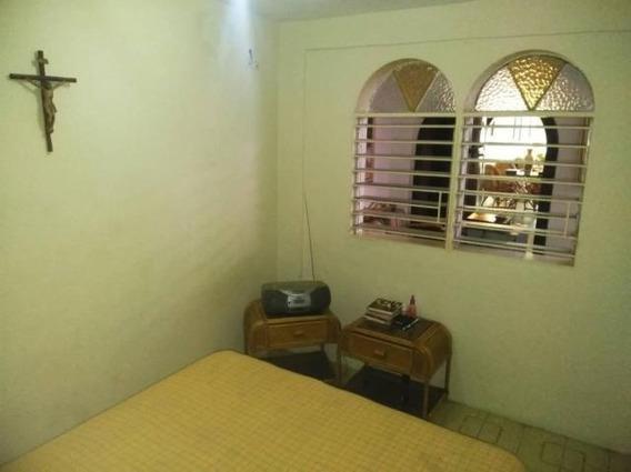 Casas En Venta En El Trigal Cabudare,lara Rahco:19-9756