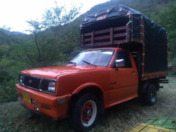 Camioneta Luv 1600 Con Bajo
