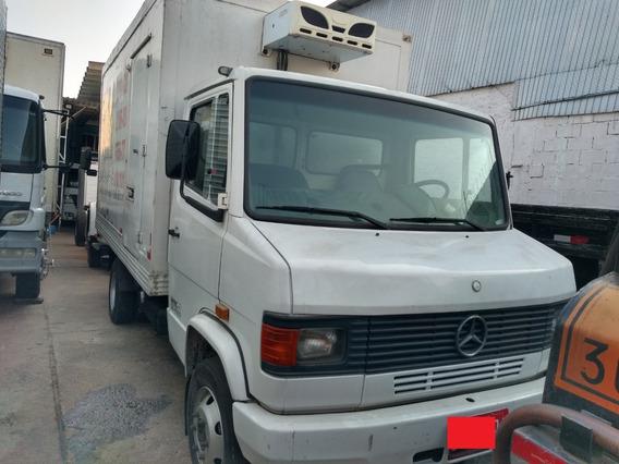 Caminhão 3/4 Baú Refrigerado Mb 709