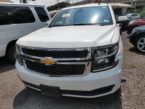 Chevrolet Suburban 5.4 Ls Tela At
