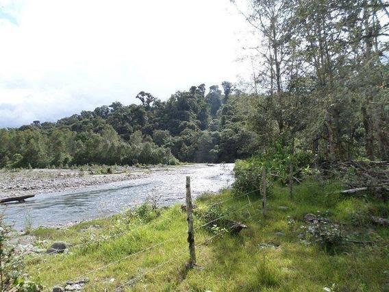 Terreno De 14 Hectareas En Lumbaqui Via Principal