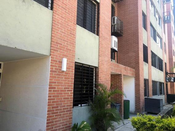 Apartamento En Alquiler Urb Los Nrjs De H,,, Mls #20-13076