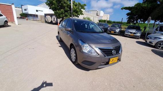 Nissan Versa Sense 1.6 Automático - Fjr223
