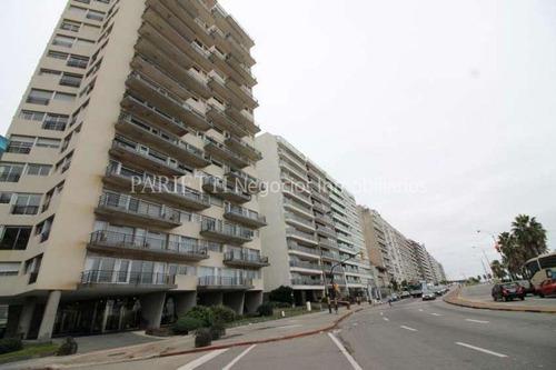 Pocitos Venta Alquiler Rambla Apartamento 3 Dormitorios Servicio Completo