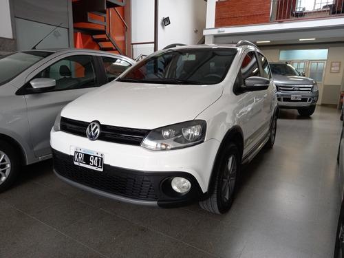 Volkswagen Crossfox Trendline. Año 2012.