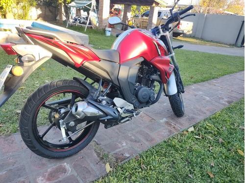 Yamaha Fz2