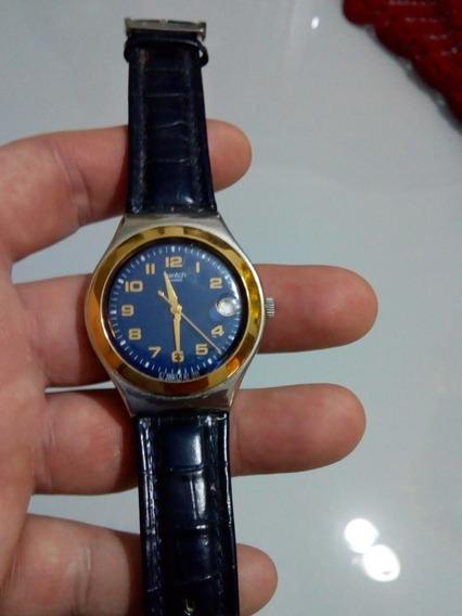 Relógio Swatch Original Funcionando Dourado Com Fundo Azul !