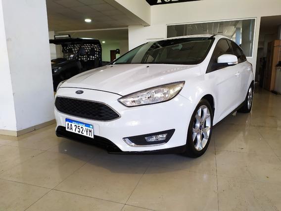 Ford Focus Titanium 2.0 Nafta Aut Año 2016 Color Blanco