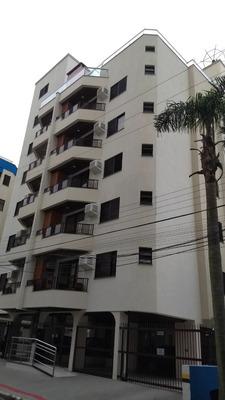 Departamento En Itapema (meia Praia Centro, Brasil)