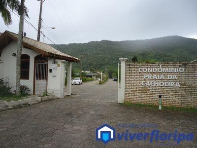 Cond. Praia Da Cachoeira - Casa Em Condomínio Para Temporada No Bairro Cachoeira Do Bom Jesus - Florianópolis, Sc - Da162