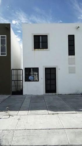 Casa En Renta, Privada Dominio, Apodaca, Nuevo León.