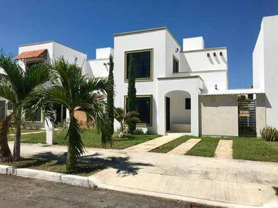 Se Vende Excelente Casa Residencial En Gran Santa Fe