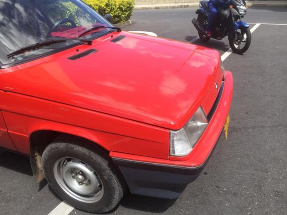 Renault 9 . En Excelente Estado, Precio Negociable.
